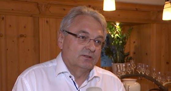 """""""Wieshof""""-Chef Horst Wieder aus Salzburg empfängt in seinem Betrieb nur noch Gäste mit Corona-Impfung."""