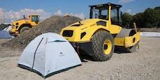 Aktivisten besetzen Lobautunnel-Baustelle mit Zelten