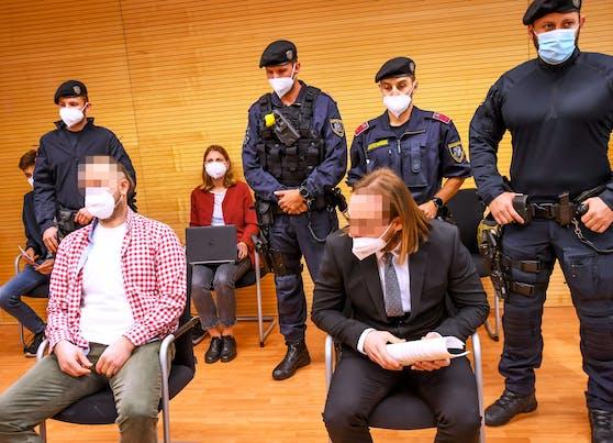 Zwei Männer (37, 35) wurden in Innsbruck wegen Raubes schuldig gesprochen.