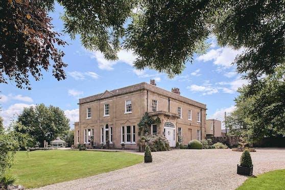 The Manor Holcombe befindet sich in der britischen Grafschaft Somerset und bietet alle nur erdenklichen Annehmlichkeiten.