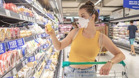 Landwirtschaftsministerin hat die Supermärkte kritisiert, diese setzen sich zur Wehr.
