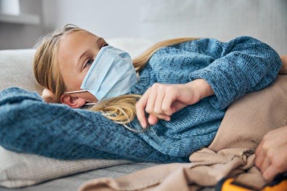 Das Long Covid-Syndrom umfasst eine Reihe verschiedener Symptome, die nach der akuten Corona-Infektion dauerhaft auftreten können.