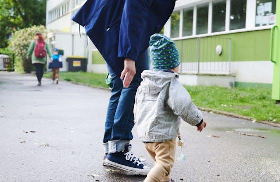In den Wiener Kindergärten kann man sich nun ab dem fünften Tag der Quarantäne freitesten. (Symbolbild)
