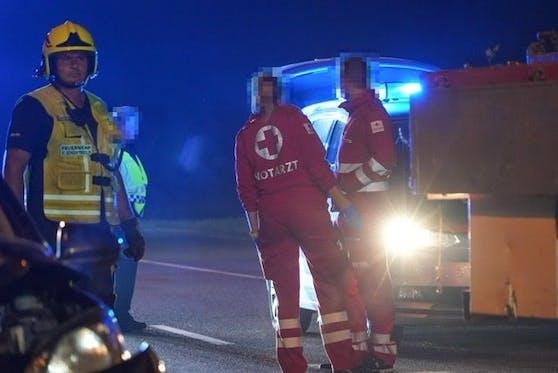 Rettung und Feuerwehr vor Ort.