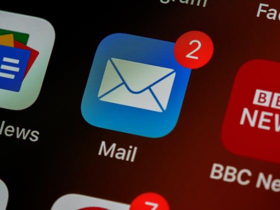 Die Polizei rät dazu, die eigene E-Mail-Adresse auf Sicherheitslecks zu prüfen.