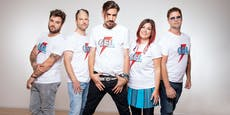 ALLE ACHTUNG! – Charterfolg und T-Shirt-Kollektion