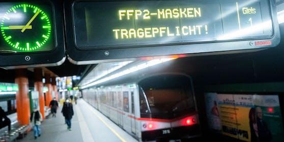 In Wien gilt in allen Öffis wieder FFP2-Maskenpflicht. Doch manche schaffen es noch immer nicht.