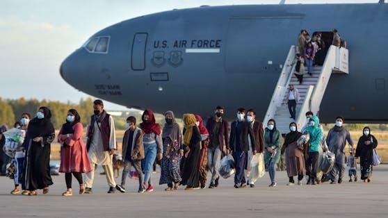 Nach wie vor befinden sich Österreicher in Afghanistan. (Archivbild Evakuierungsflug)