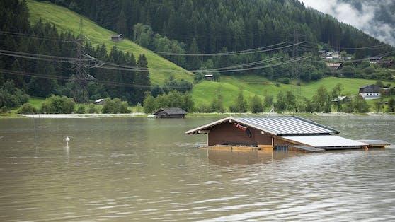 Der vergangene Sommer war mit seinen extremen Hitzewellen, verheerenden Überschwemmungen, Muren und Waldbränden nur ein Vorgeschmack, wie sich die globale Klimakrise auf unser aller Leben auswirkt.