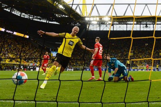 Dortmunds Erling Haaland jubelt