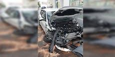 Auto-Crash in Fünfhaus – 28-Jährige schwer verletzt