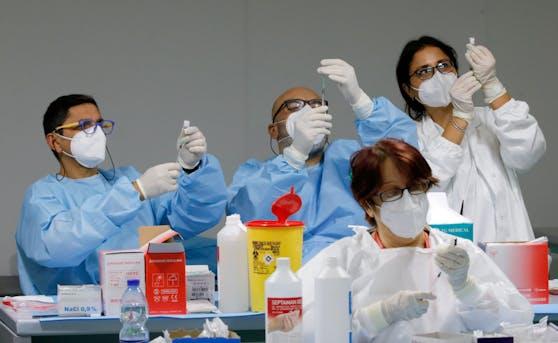 Impf-Ansturm: In Italien steigen die Zahlen der Corona-Impfungen wieder stark an.