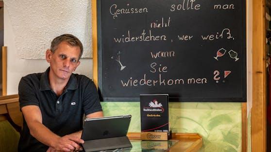 Gastwirt Jürgen Lichtl musste sein Gasthaus jetzt zusperren, weil er kein Personal fand.