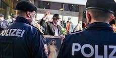 Polizist klagt Tausende wegen Facebook-Posting