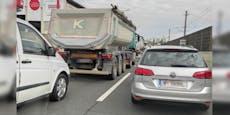 Sechs Kilometer langer Mega-Stau auf der Wiener A23