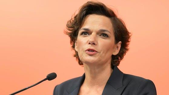 Pamela Rendi-Wagner startet mit drei Corona-Anträgen aus der Sommerpause in den Nationalrat.