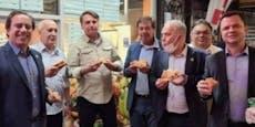 Nicht geimpft! Bolsonaro muss Pizza am Gehsteig essen