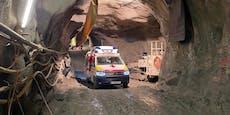Muldenkipper kracht frontal in Tunnelwand – 3 Verletzte