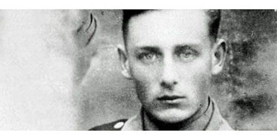 Der mutmaßliche NS-Verbrecher Helmut Oberlander ist mit 97 Jahren verstorben.