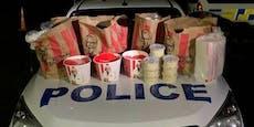Polizei stoppt Schmuggler mit Auto voller Chicken Wings
