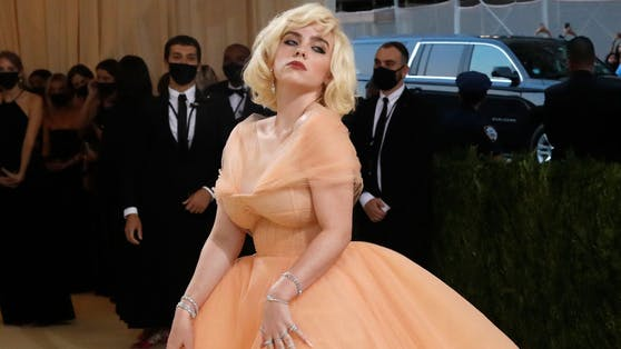 Billie Eilish auf der Met-Gala