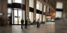 Warten auf neues iPhone: Apple-Fans campieren vor Store