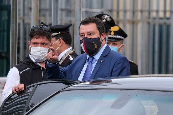 Der frühere italienische Innenminister, Matteo Salvini, muss sich vor Gericht verantworten.