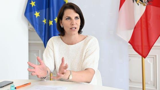 Karoline Edtstadler (ÖVP)