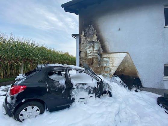 Der 32-Jährige befreite seinen Vater aus dem brennenden Wagen.
