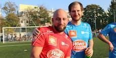 Marco Wanda besiegt Christopher Seiler am Fußballplatz