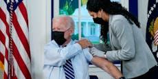 Joe Biden lässt sich vor TV-Kamera drittes Mal impfen