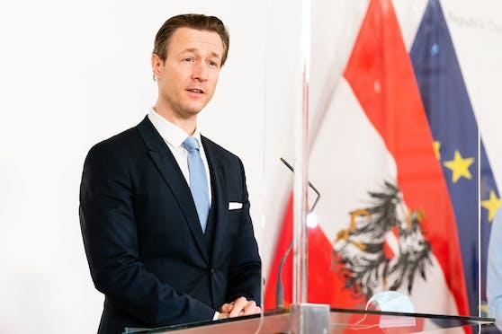 Die Europäische Kommission hat Österreich 450 Millionen Euro überwiesen – ein erster Vorschuss des österreichischen Teils des Wiederaufbaufonds.