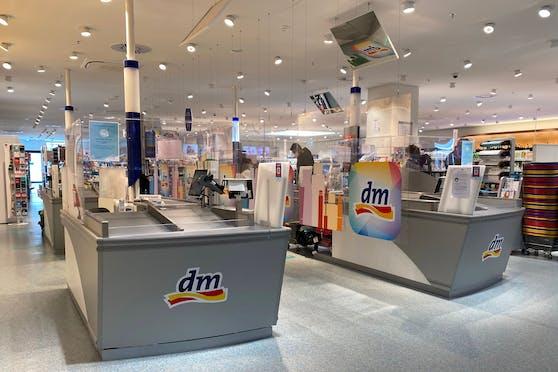Mehr als 200 dm-Filialen sollen mit einer neuen Nachfüllstation aufgerüstet werden.