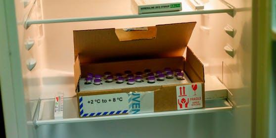 Der Impfstoff muss knapp über den Gefrierpunkt gelagert werden. Ein Mitarbeiter einer Spitalapotheke in den USA hat dies absichtlich missachtet und ist nun verhaftet worden.