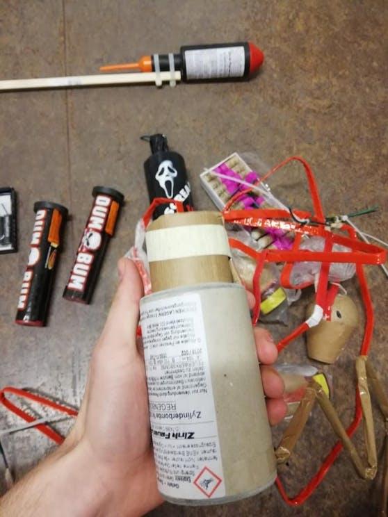 Die Polizei konnte mehrere illegale Feuerwerkskörper sicher stellen.