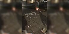 Silvester-Randalierer zünden Gemeindebau-Müllplatz an