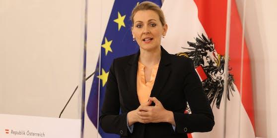 Ex-Ministerin Christine Aschbacher