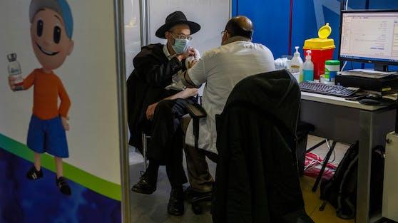Rund 2,5 Millionen Bürger erhielten in Israel bereits beide Impfungen.
