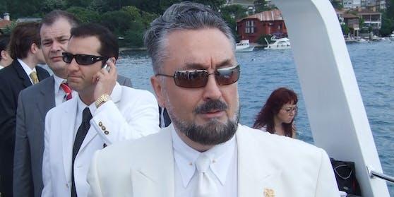 Der türkische Sektenführer Adnan Oktar wurde zu mehr als 1.000 Jahren Haft verurteilt.