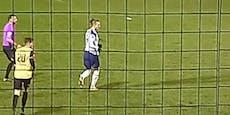 Fan-Traum! Er kann Bale vom Fenster aus zusehen