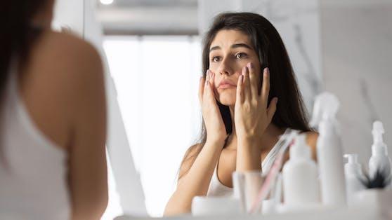 Eine Studie hat herausgefunden, dass 76 Prozent der Corona-Patienten unter Langzeitfolgen leiden.