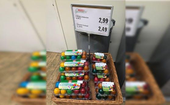 In einem Supermarkt gibt es schon Ostereier zu kaufen.