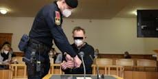 Ex-Polizist ging mit Messer auf Beamte los