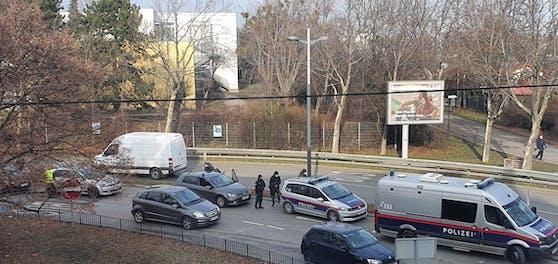 Polizei-Einsatz bei der Schmelz im 15. Wiener Bezirk.