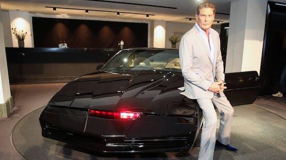 """David Hasselhoff will sich von seinem """"persönlichen"""" Kult-Auto K.I.T.T. trennen. Die Suche nach einem neuen Besitzer gerät aber jetzt ins Stocken."""