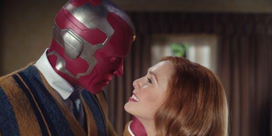Paul Bettany als Vision und Elizabeth Olsen als Wanda Maximoff