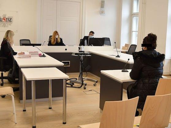 Die Angeklagte erhielt eine Geldstrafe in der Höhe von 640 Euro.