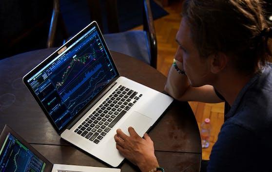Schnell reich werden mit Trading? Betrüger nutzen diese Hoffnung aus.
