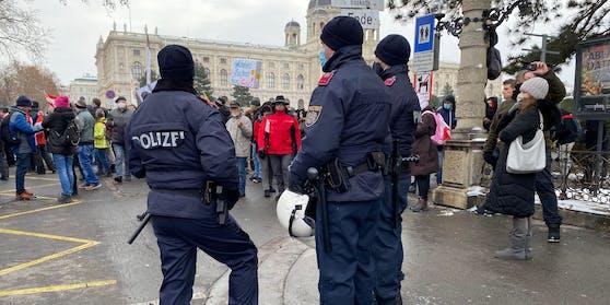 Erfreuen sich aktuell großer Beliebtheit: Anti-Corona-Demos in Wien. Symbol- und Archivbild.