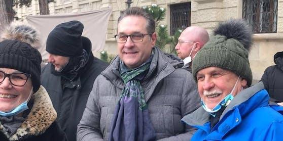 Ex-Vizekanzler Heinz-Christian Strache auf der Corona-Demo in Wien.